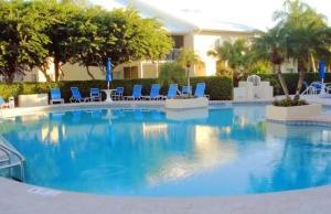 Glencove Community Pool